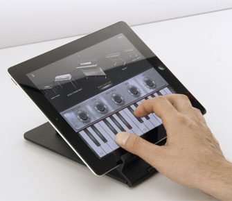 Playing iLectric Piano