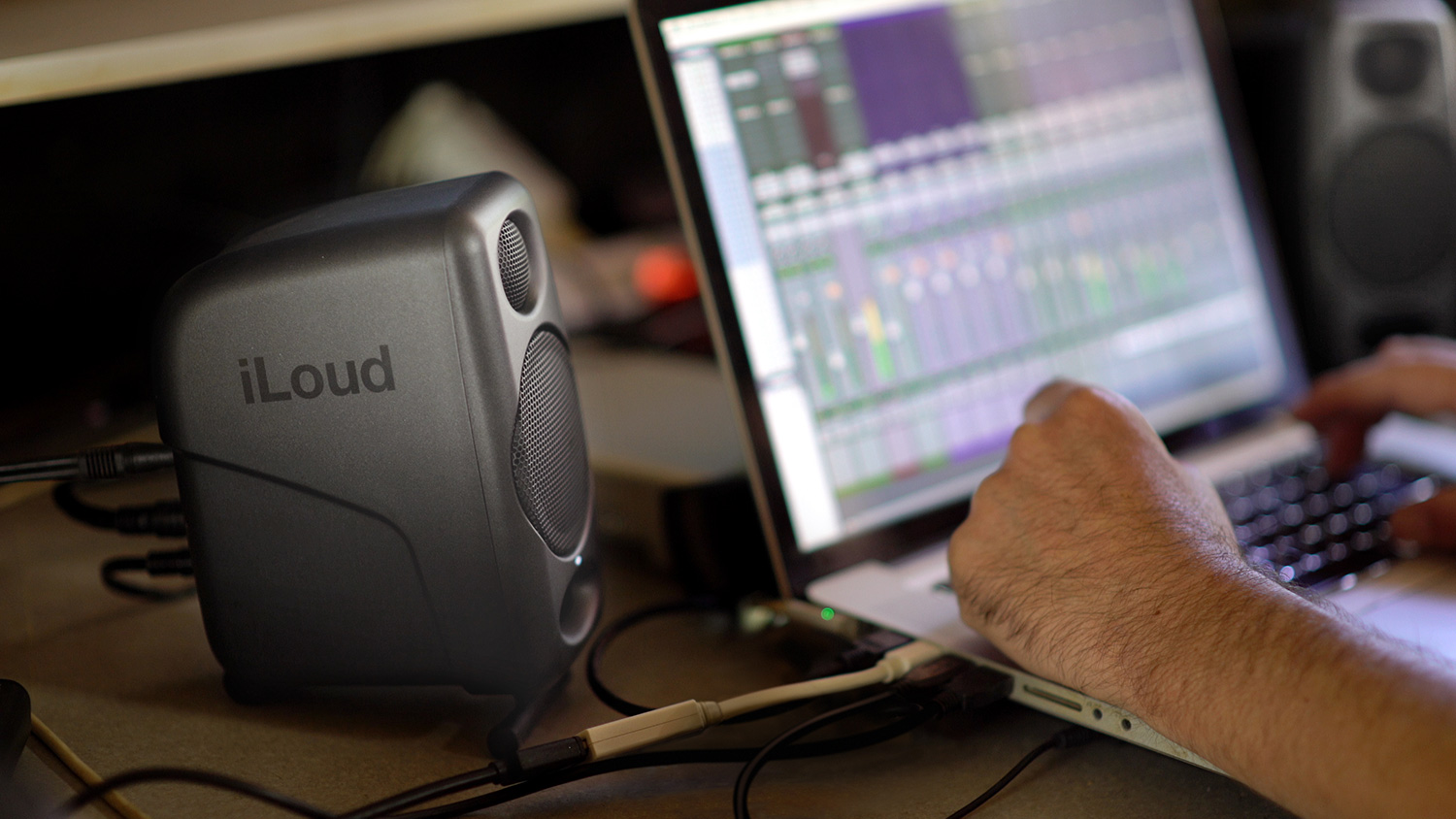 iLoud Micro Monitor — ultra-compact, high quality reference studio monitors