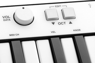 iRig Keys 25 modulation and pitch wheels