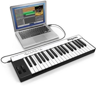 iRig KEYS PRO with laptop