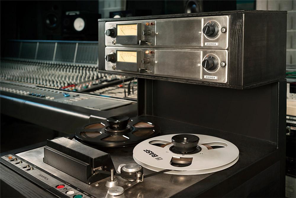 Ampex 440B tape recorder record//play pre